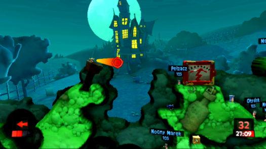 Strzał w obiekt fizyczny w grze Worms Revolution Extreme