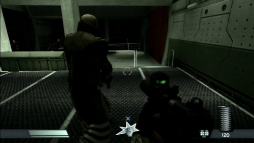 Helghast korzystający z pistoletu IvP-18 Tropov w 2 misji rozdziału 9 - Hidden Pasts