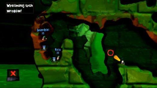 """Kąt i ustawienie do rzutu Bombą odłamkową w misji """"Szkolenie 7: Robale"""" (motyw Kanał ściekowy w grze Worms Revolution Extreme)"""